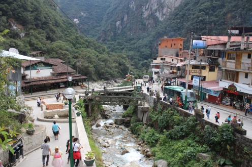 Aguas Calientes2